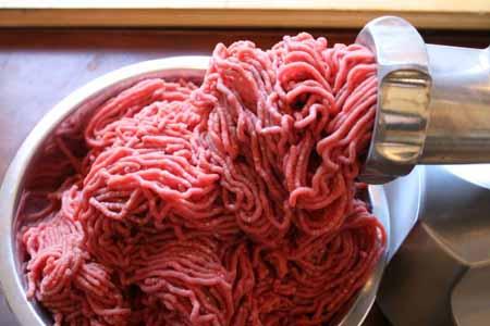 فریز کردن گوشت چرخ کرده ممنوع
