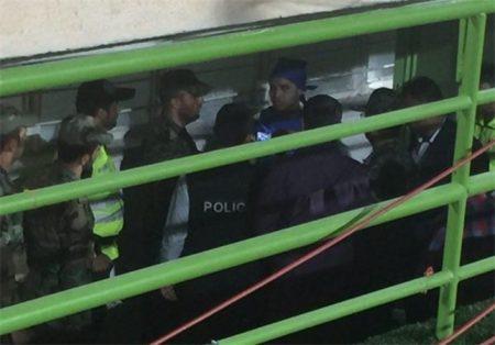 دستگیری دختر پسرنما در استادیوم آزادی